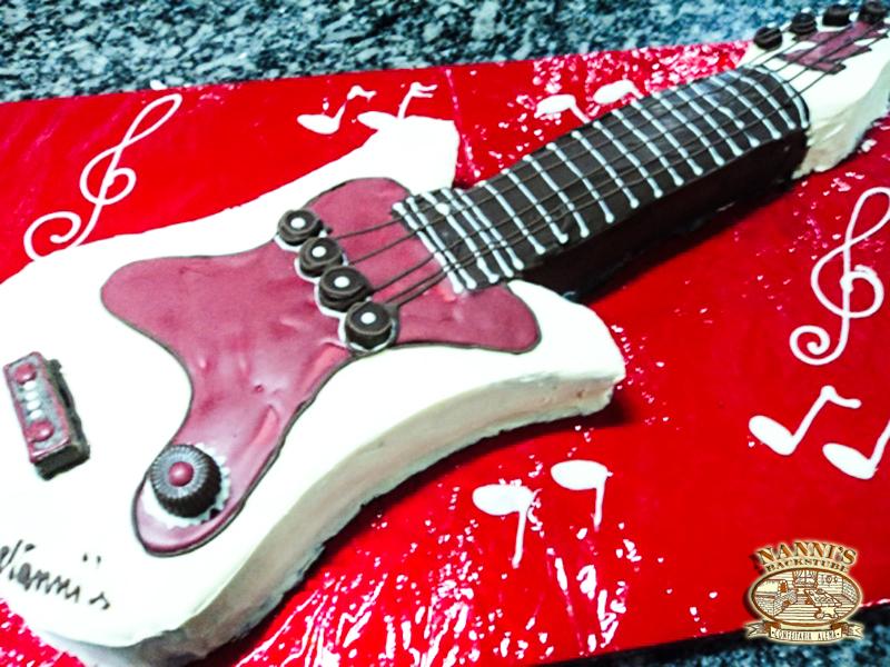 torta_infantil_guitarra2
